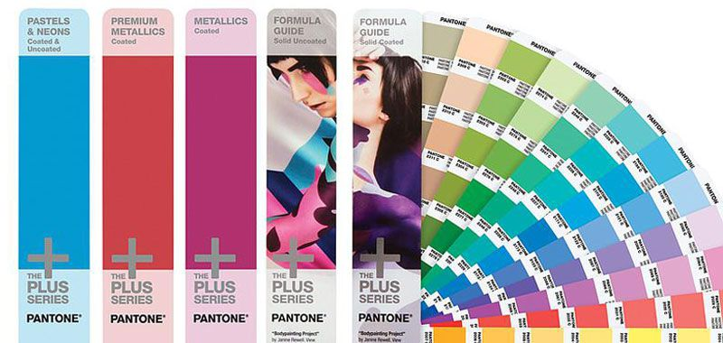 Pantone Plus Solid Guide Set